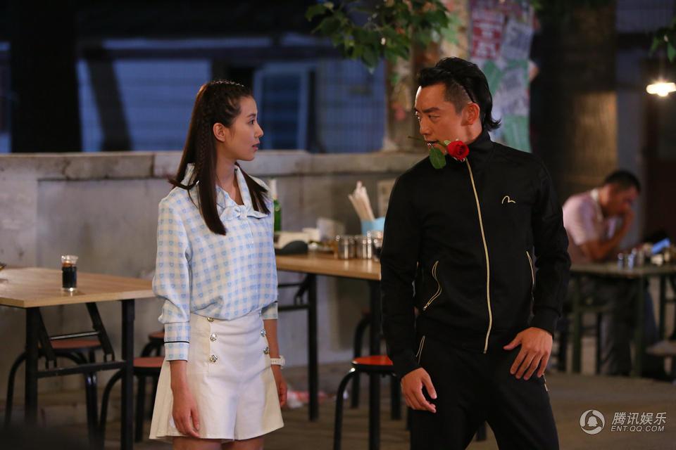 那年青春我们正好刘诗诗刘婷同款白色高腰阔腿裤裙短裤