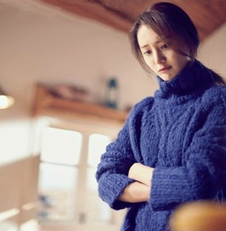 悲伤逆流成河郑爽同款韩版宽松宝蓝色高领加厚针织毛衣