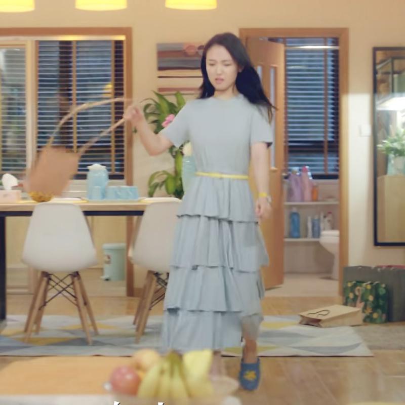 我只喜欢你吴倩赵乔一同款蛋糕裙甜美荷叶边超仙连衣裙长裙