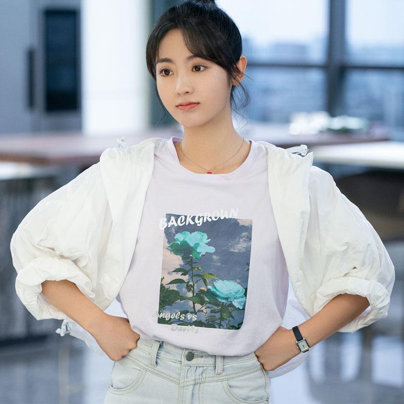 乌鸦小姐与蜥蜴先生邢菲姜小宁同款玫瑰印花白色短袖T恤